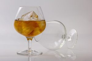 Glass of brandy, Nutrition after bariatric surgery